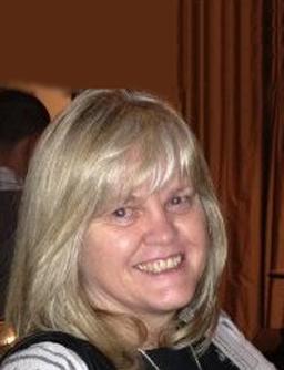 Lesley Steeples